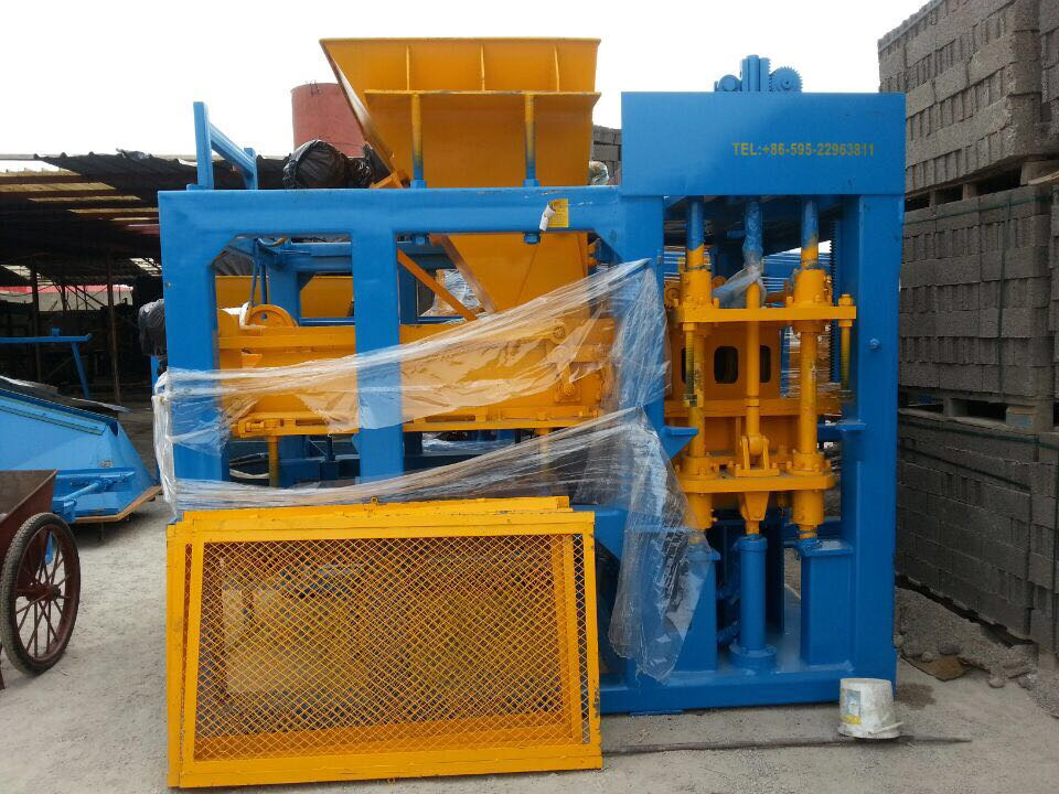 China QT6-15 Concrete Block Making Machine for Start Cement Production Business